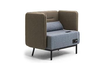 Sgabelli divani e sedie per arredo area comune cliniche ed